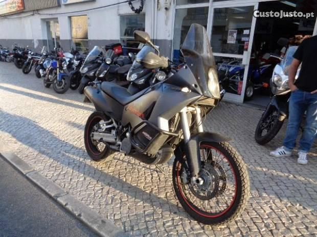 KTM usada 990 Adventure