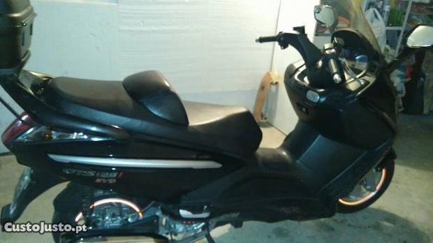 Sym 125cc gts evo injeção Impecável