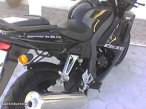 moto 125 como nova