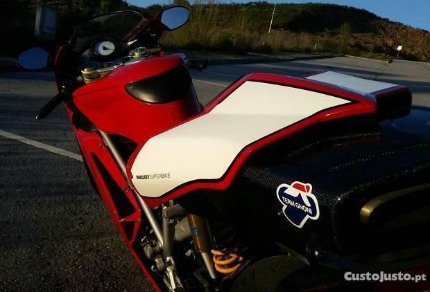 Ducati 999s Superbike