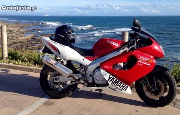 Yamaha Thunderace 1000 R troco por carro