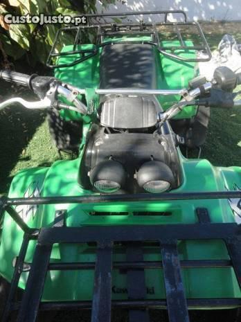 moto4 kawasaki klf 220 usada