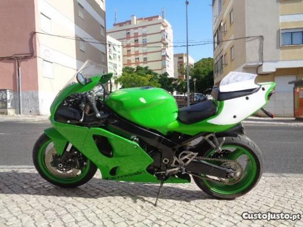 Kawasaki zx 7 R
