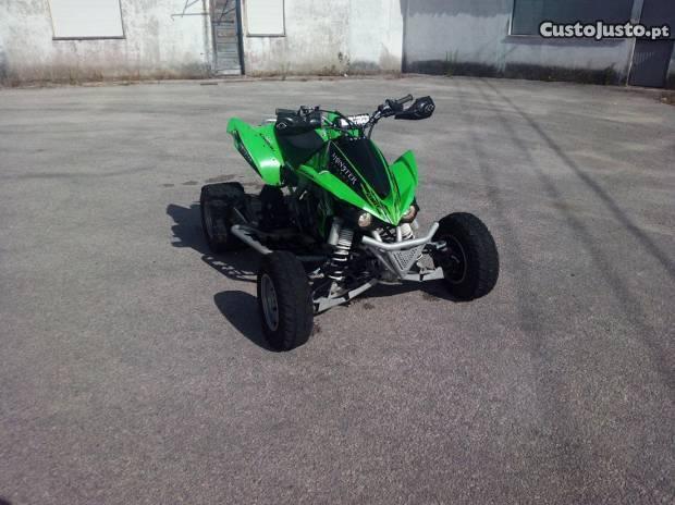 Moto4 Kawasaki KFX450 (2010)