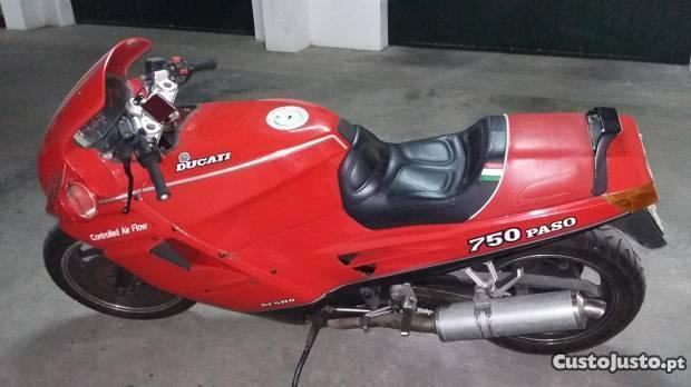 Ducati paso 750 de 1987