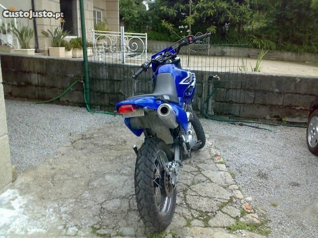 Escape para XT 600E ou adaptável a qualquer moto