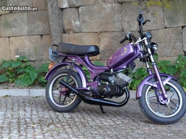 moto restaurada