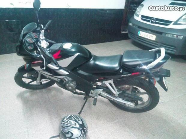 Honda CBR 125r 2006 10mil km