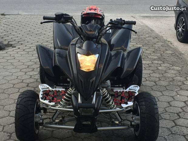 Moto 4 400 homologada 2 pessoas