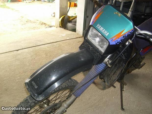 moto dtr 125 em bom estado troco mais baixa