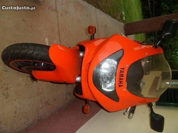 Yamaha 600 YZF