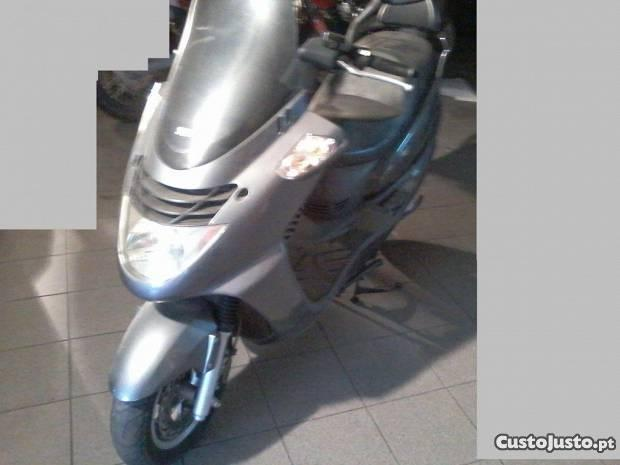 scooter sym joyride 200cm3 s/documentos