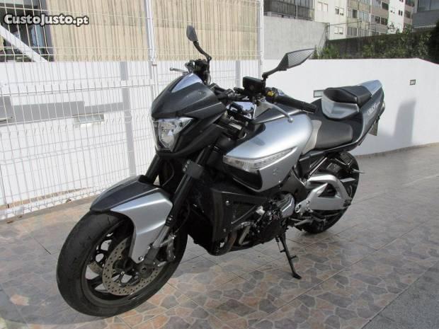 B-King Gsx 1300