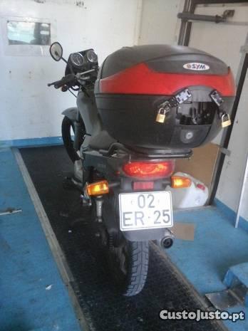 moto em otimo estado de comservaçao com baixa km