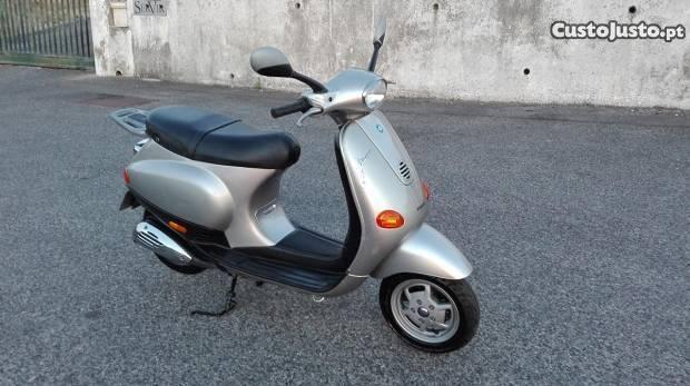 Vespa ET2 50cc Excelente