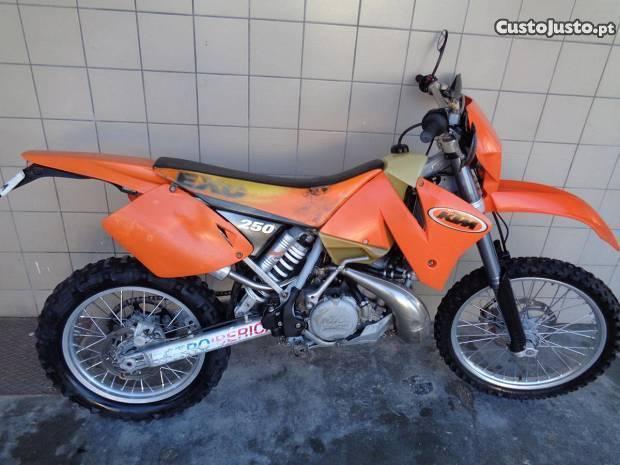 KTM 250 EXC 2T Enduro Matriculada Nacional