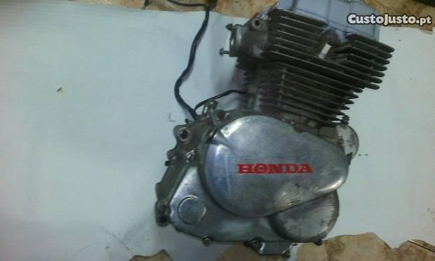 Motor honda cb 350