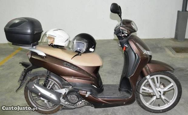 Mota Peugeot 125cc Tweet