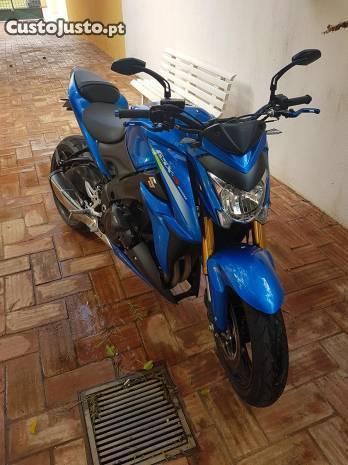 Suzuki GSX-S 1000abs