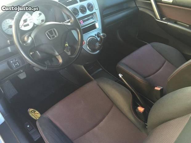 Material Honda civic 2004
