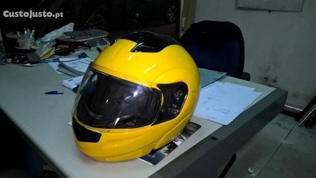 Ducati 900 Super Sport Imaculada - Motivo: mudança