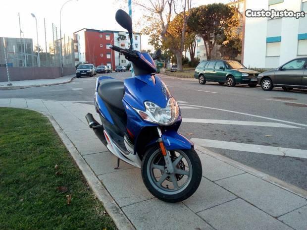 Yamaha Jog R 50cc