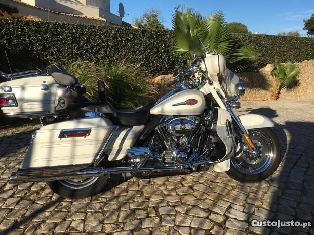 Harley Davidson electra glide ultra Classic CVO