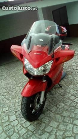 Moto Pan European