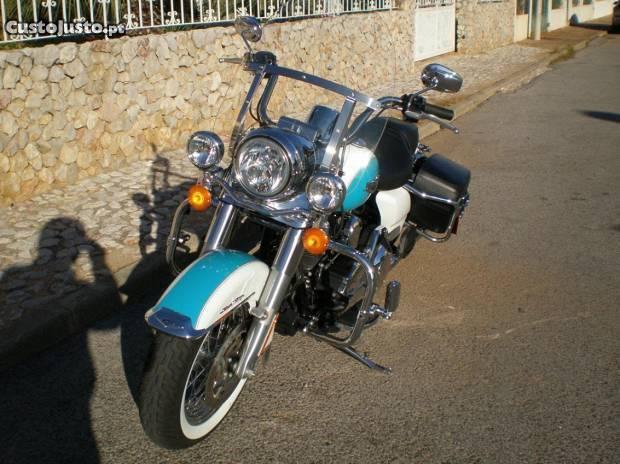 Harley Davidson Road King Classic 03/2016