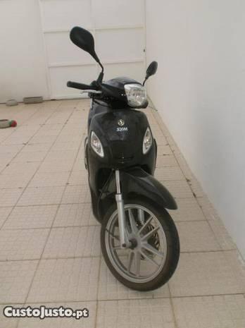 scooter sym 125 como nova