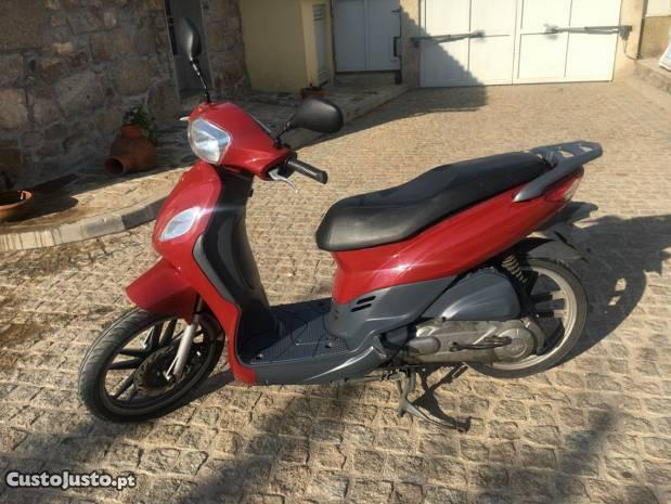 scooter sym 125