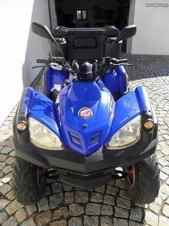 Moto 4 semi nova