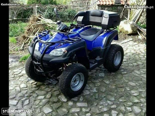Moto 4 a/retoma
