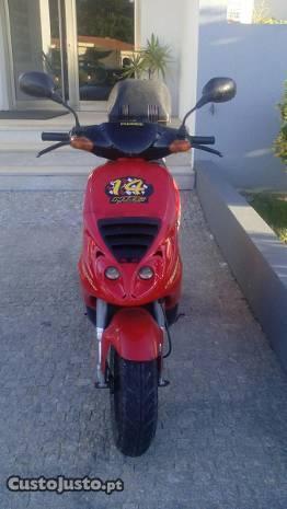 Scooter gilera bom preço