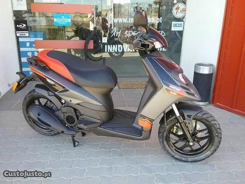 Aprilia Sr Motard 125 Nova
