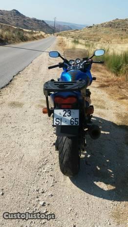 Kawasaki zr 750
