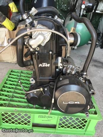 KTM LC4 motor