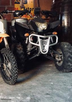 Moto 4 250cc