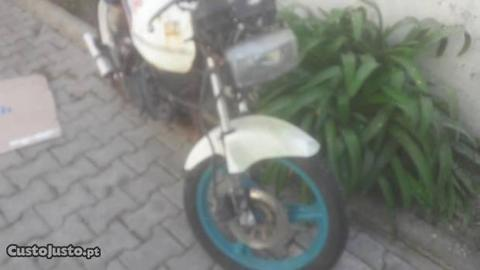 Mota Honda AC 08 sem documentos