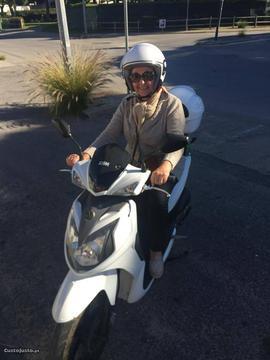 Scooter sym 2012 nova de garagem