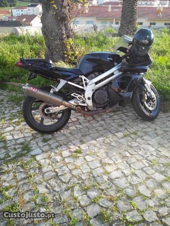 Aprilia falco 1000r
