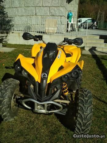 Moto 4 Can am renegade 500