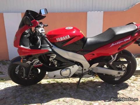Yamaha YZF 600 Impecável