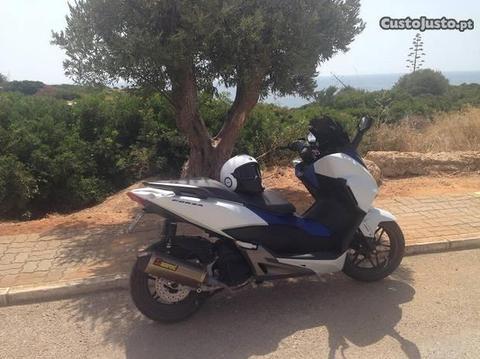 Honda Forza ABS 125cc
