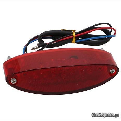 Farolim traseiro LED para moto com luz de Matrícul
