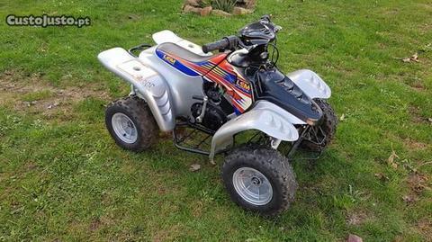 Moto 4 Morini criança 50cc ( aceito retomas)